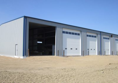steel_building_carlyle_5-bays
